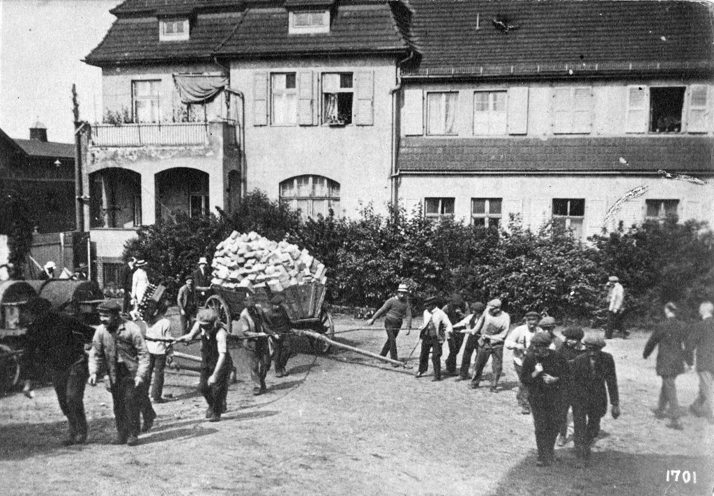 Arrival of parcels from the Home Land